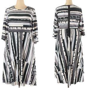 Melissa McCartthy abstract stripe dress 2X